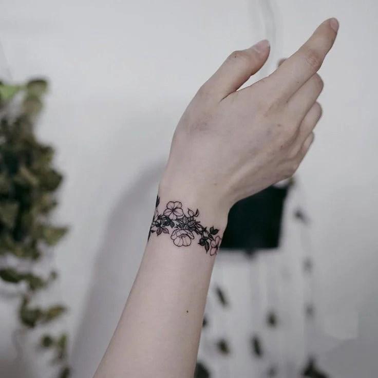 25 Tatuajes De Brazalete Para Una Bonita Joyería Permanente