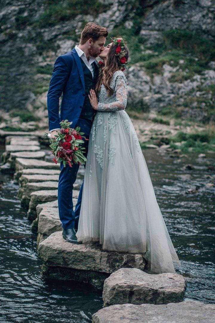 18 Vestidos de novia color azul para llevar la suerte