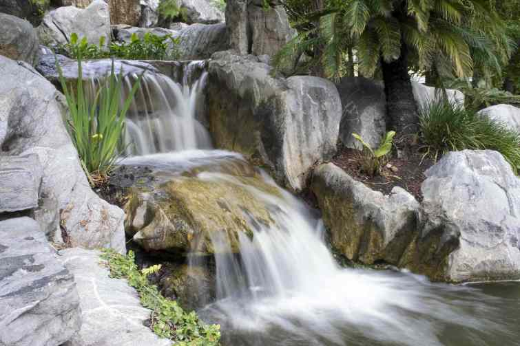 outdoor water fall installers