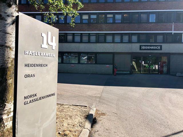 Vi har tidligere omtalt utbyggingsplanene i Haslevangen 14 . I dag er det kontorlokaler på eiendommen som ligger mellom nybyggene i Krydderhagen og småhusbebyggelsen på Hasle.  Utbygger ønsker å […]
