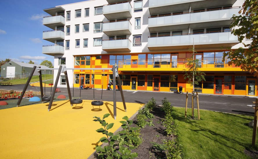 I 2018 skrev vi en sak om planene for Lørenvangen 22 og Peter Møllers vei 13. Prosjektet som Selvaag ønsket å bygge ville stjele nesten alt sollyset fra Espria Gartnerløkka […]