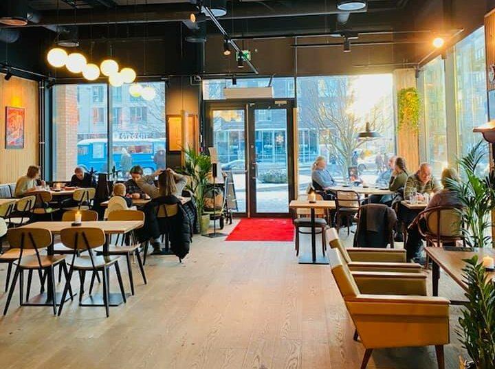 Nå har det endelig åpnet en ny restaurant på Løren Torg. Fryd Løren serverer tapas, pasta og burger. Maten kan også fås som take-away. Åpningstider er 14 – 22. For […]