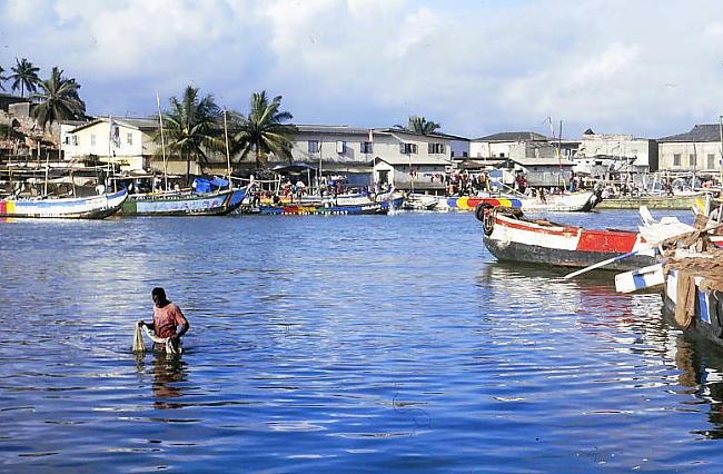Ghana_port w Elmina