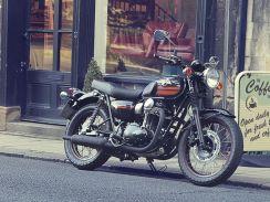 Izvor: http://bikeindia.in/wp-content/uploads/2013/12/Kawasaki-W800-2014-4-web.jpg