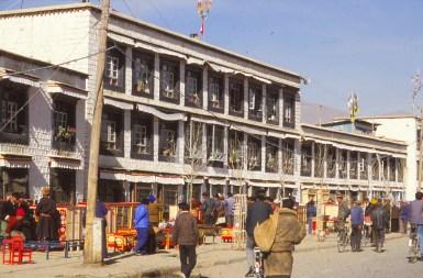 la rue des hotels, Lhassa
