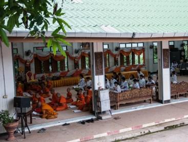 Ecole dans un temple