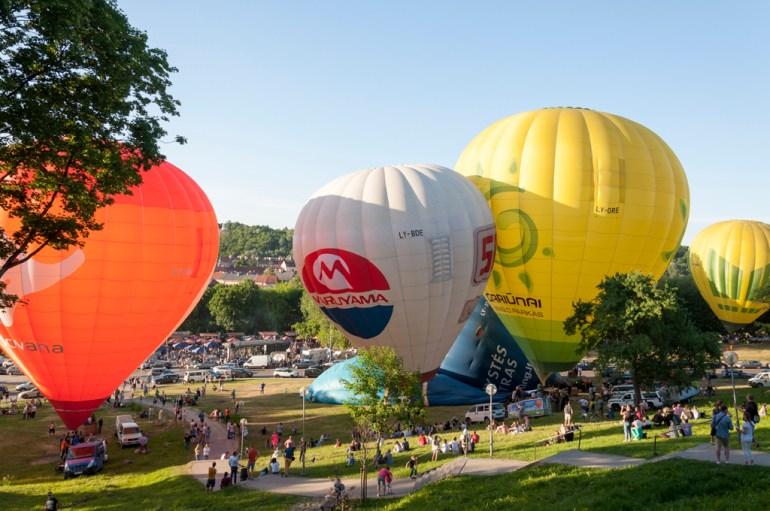 Départ des montgolfières, près d'Uzipio et du street food market (génial)