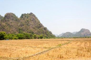 environs de Sadan Caves