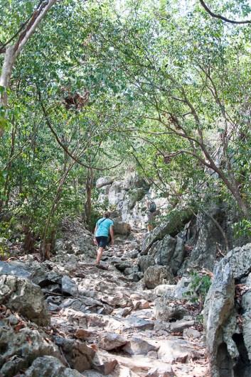 Vers Phraya Nakhon caves