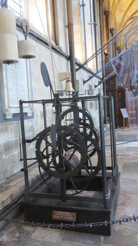 Salisbury cathédrale : la plus vieille horloge au monde