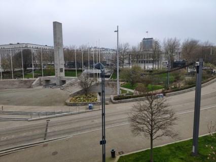 Place de la Liberté, vue de notre fenêtre. Vide