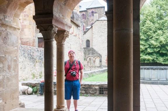 Le cloitre de la basilique de Conques