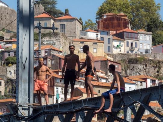 orto: plongeur du pont Dom Luis