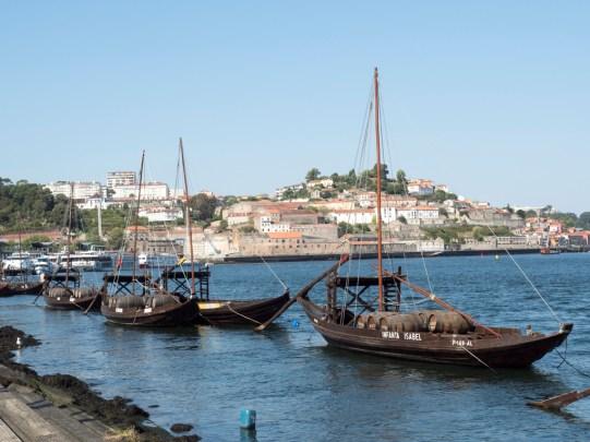 Porto: barque pour les barriques de Porto