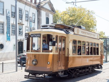 Porto: le vieux tram (touristique)
