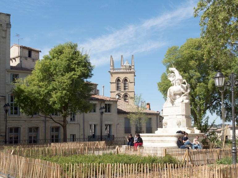 Montpellier. L'écusson (place de la Canourgue)