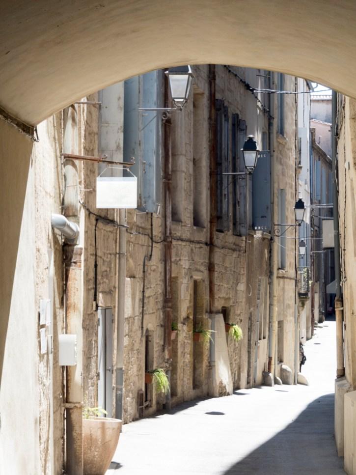 Montpellier: écusson (rue Jacques Cœur)