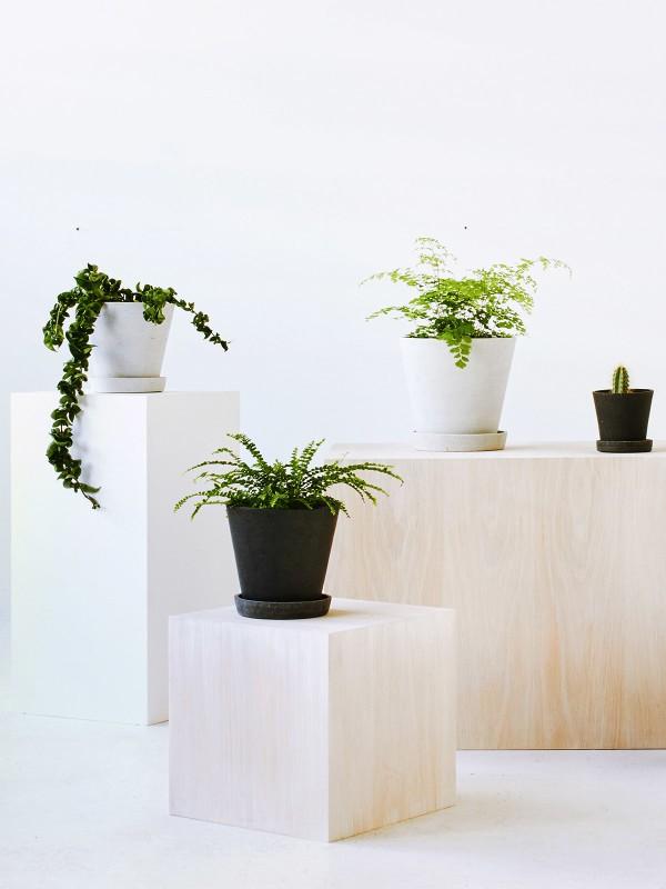Hay - Flowerpot with Saucer - grå (small)
