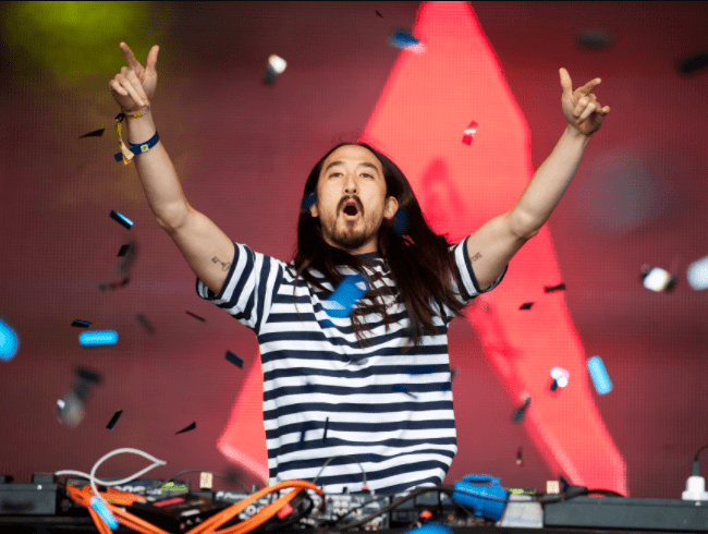 DJ Steve Aoki wants to be frozen when he dies in hopes that he can later be brought back to life if technology allows