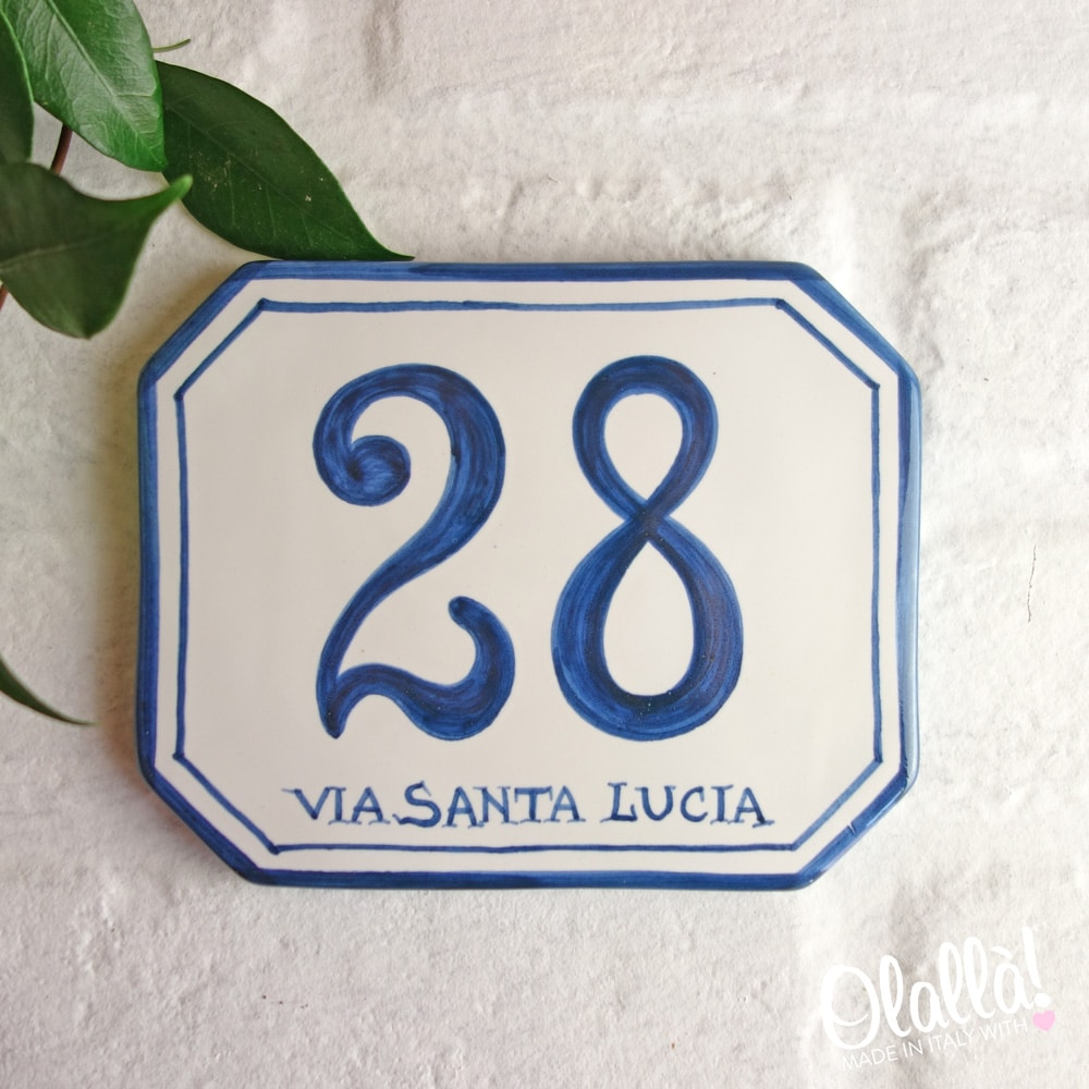 Numero Civico in Ceramica Ottagonale Semplice Dipinto a Mano  Olalla