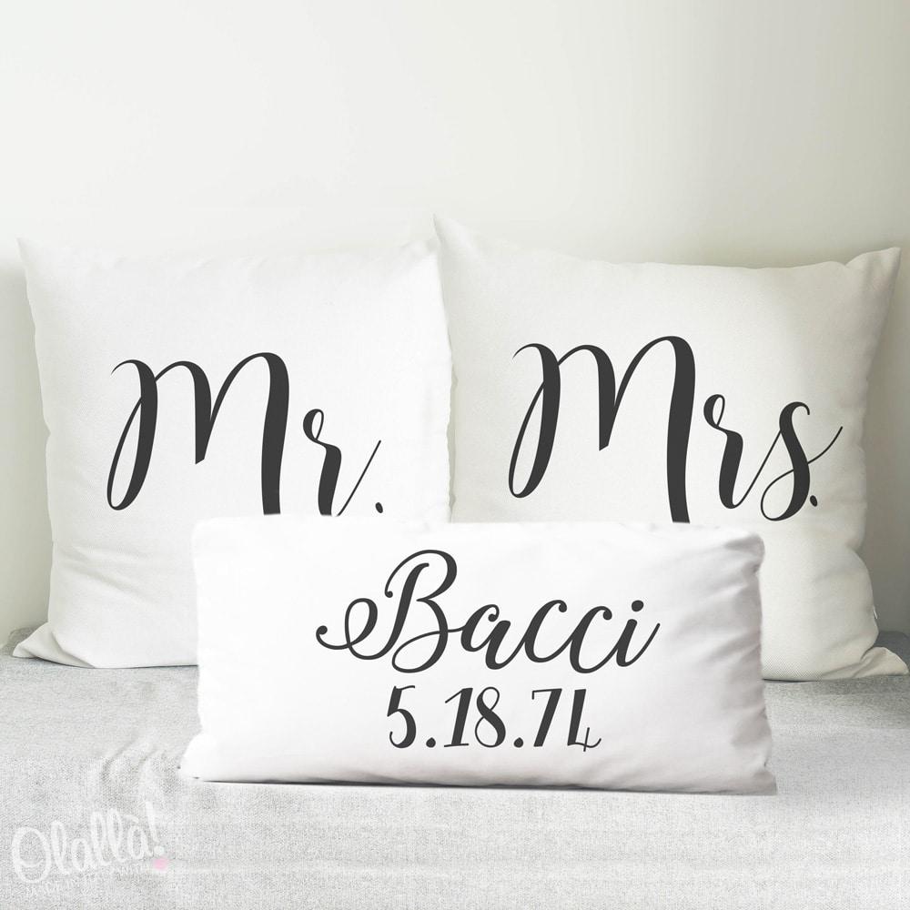 Cuscini Personalizzati Mr  Mrs con Cognome e Data