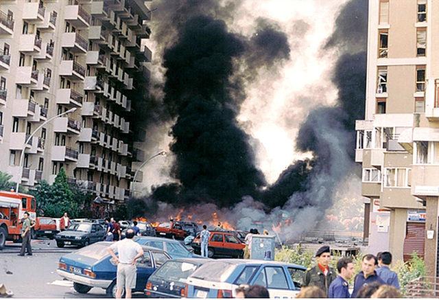 Borsellino anyja lakásának környéke a merényletet követően