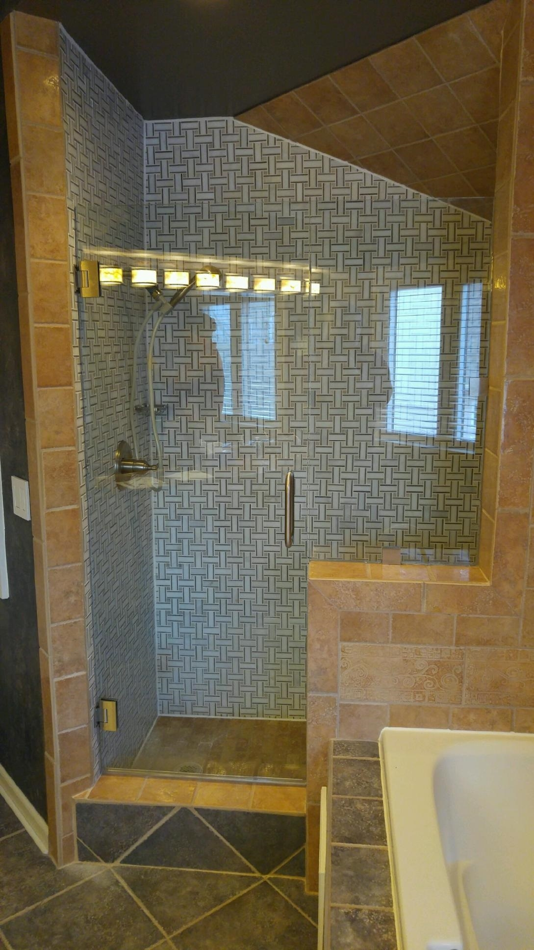 Shower Doors  Enclosures Olathe Glass  Home Decor