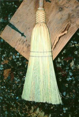 06_Traditional Broom