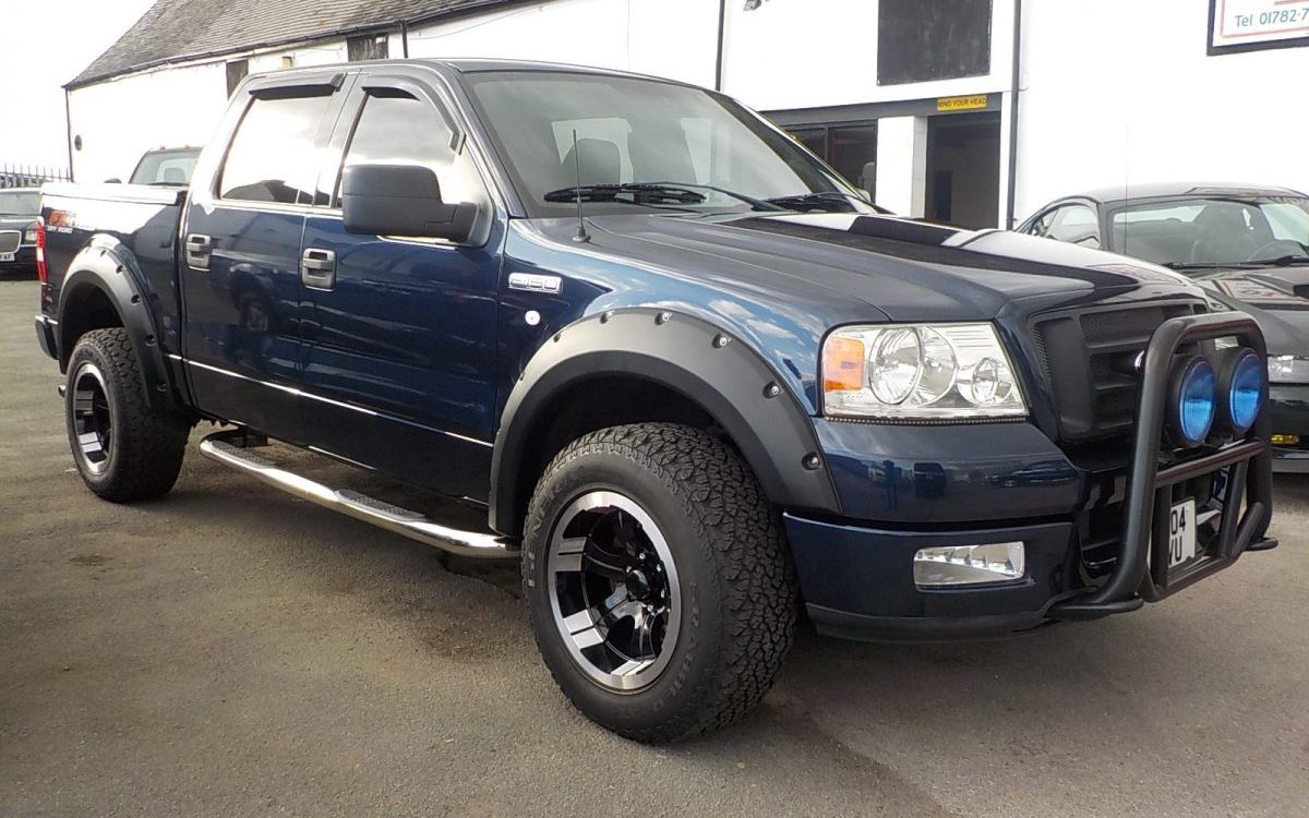 hight resolution of 2004 ford f150 fx4 off road edition 5 4 litre 4 door 4 4 pickup 61 000 miles with history portfolio metallic blue with black interior side bars