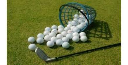 emmer golfballen en club