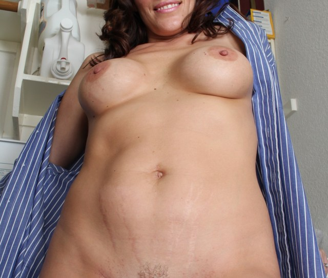 Sexy Hot Moms Nude Naked