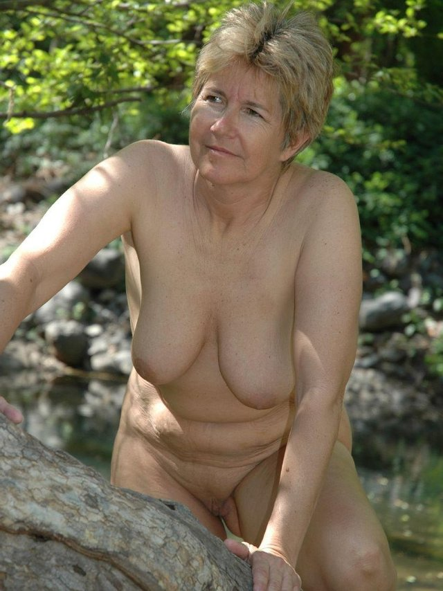 Sex pictures granny Old Pussy