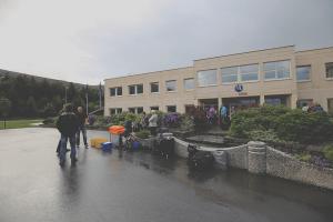 BIL SØRAL tur avgang Hydro Husnes