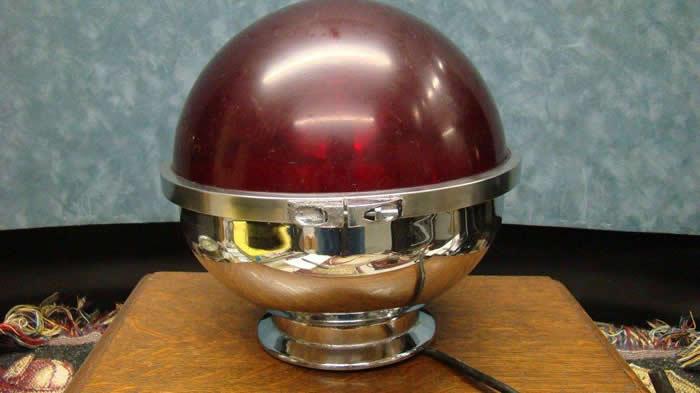 Vintage Trippe Type HB1 6 Volt Red Revolving Light