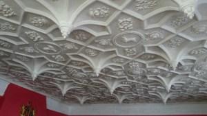 pendant plaster ceiling