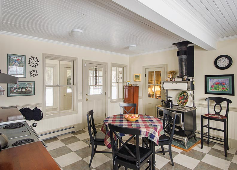 Photo Gallery Checkerboard Kitchen Floors  Old House Journal Magazine