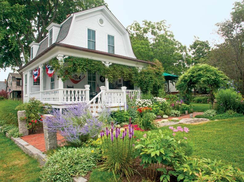 A Small Coastal Garden Old House Journal Magazine