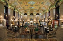 Historic Retreats Palmer House Hotel In Chicago