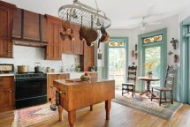 Reviving Late 19th-century Row House Kitchen