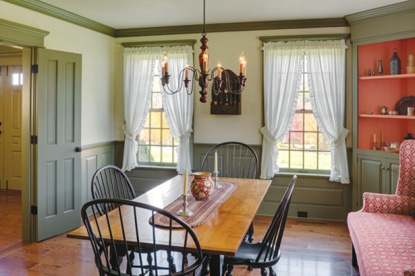Colonial Comfort In Hampshire - House Restoration