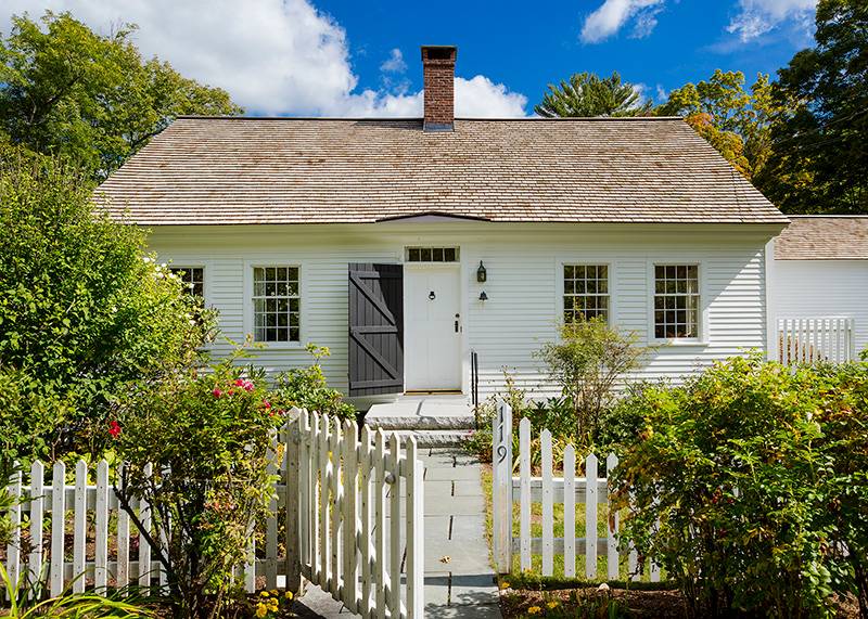 hight resolution of cape cod design house