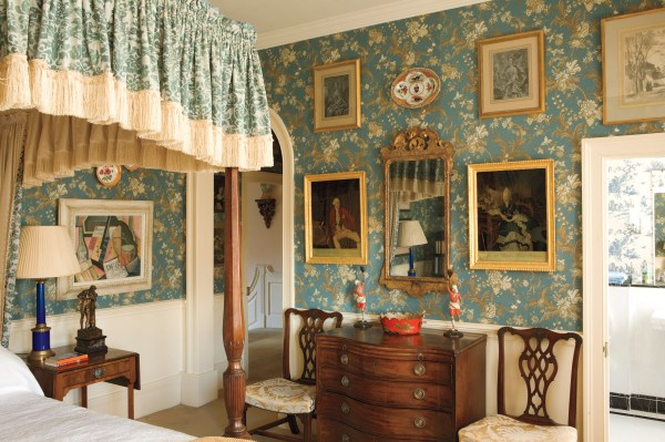 English Country Decorating - House Journal Magazine