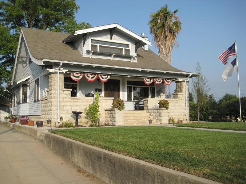 1910 Craftsman Bungalow in Whittier California