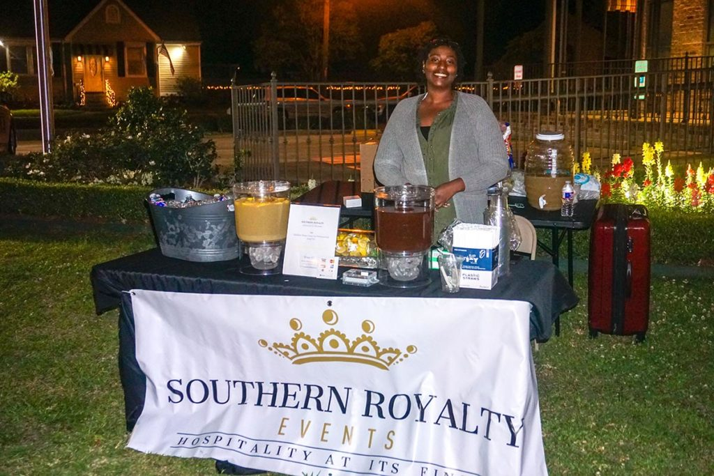 OMGC Movie Night Photo 4 | Old Metairie Garden Club