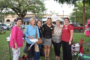Old Metairie Garden Club - Farmers Arts Metairie Market Photo 107