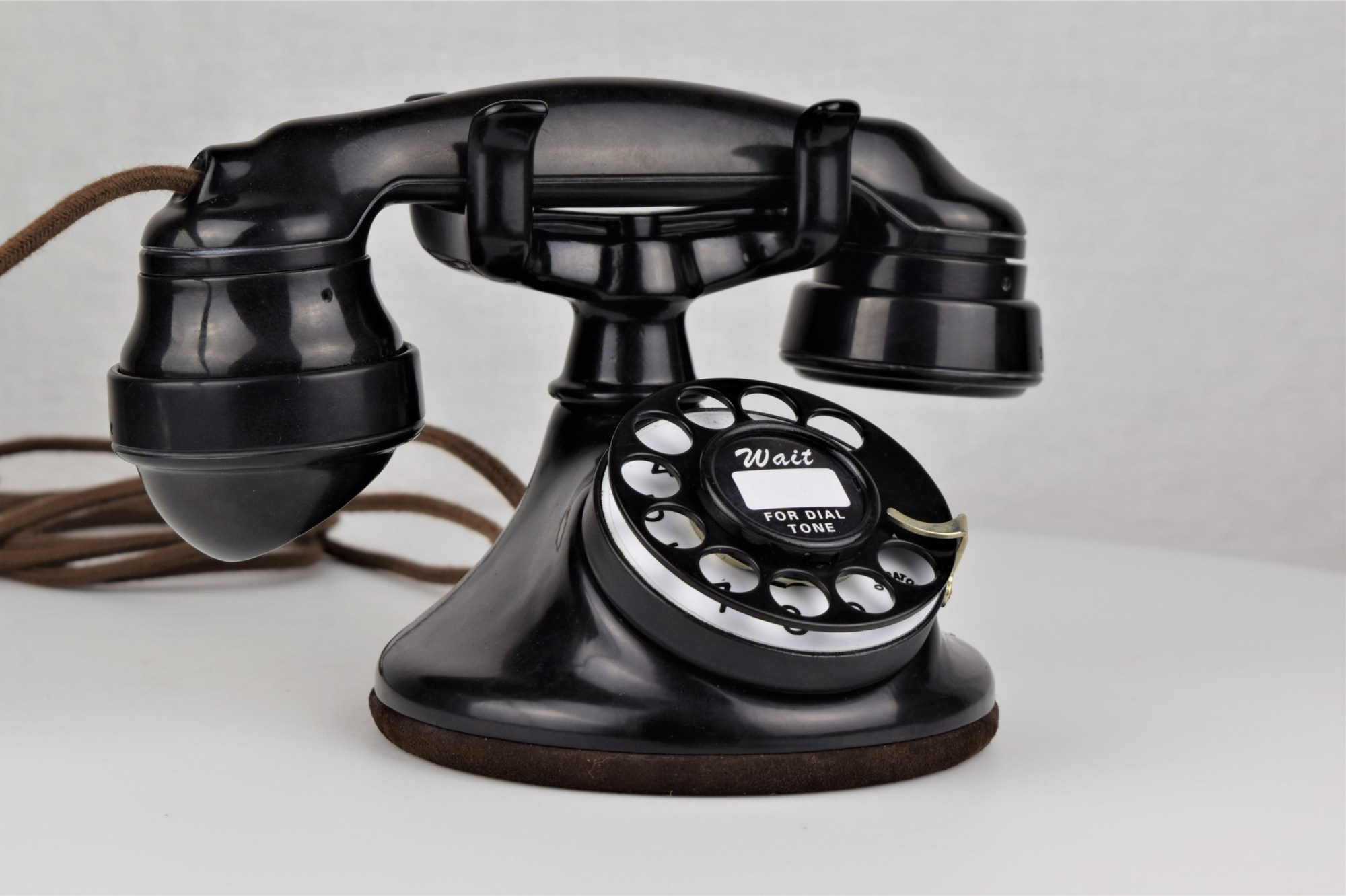 hight resolution of western electric 102 black