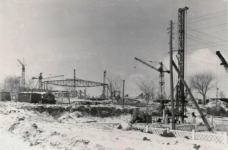 Куйбышев. Строительство Дворца спорта. Фотография. Март 1966 года. (с сайта Г. Бичурова)
