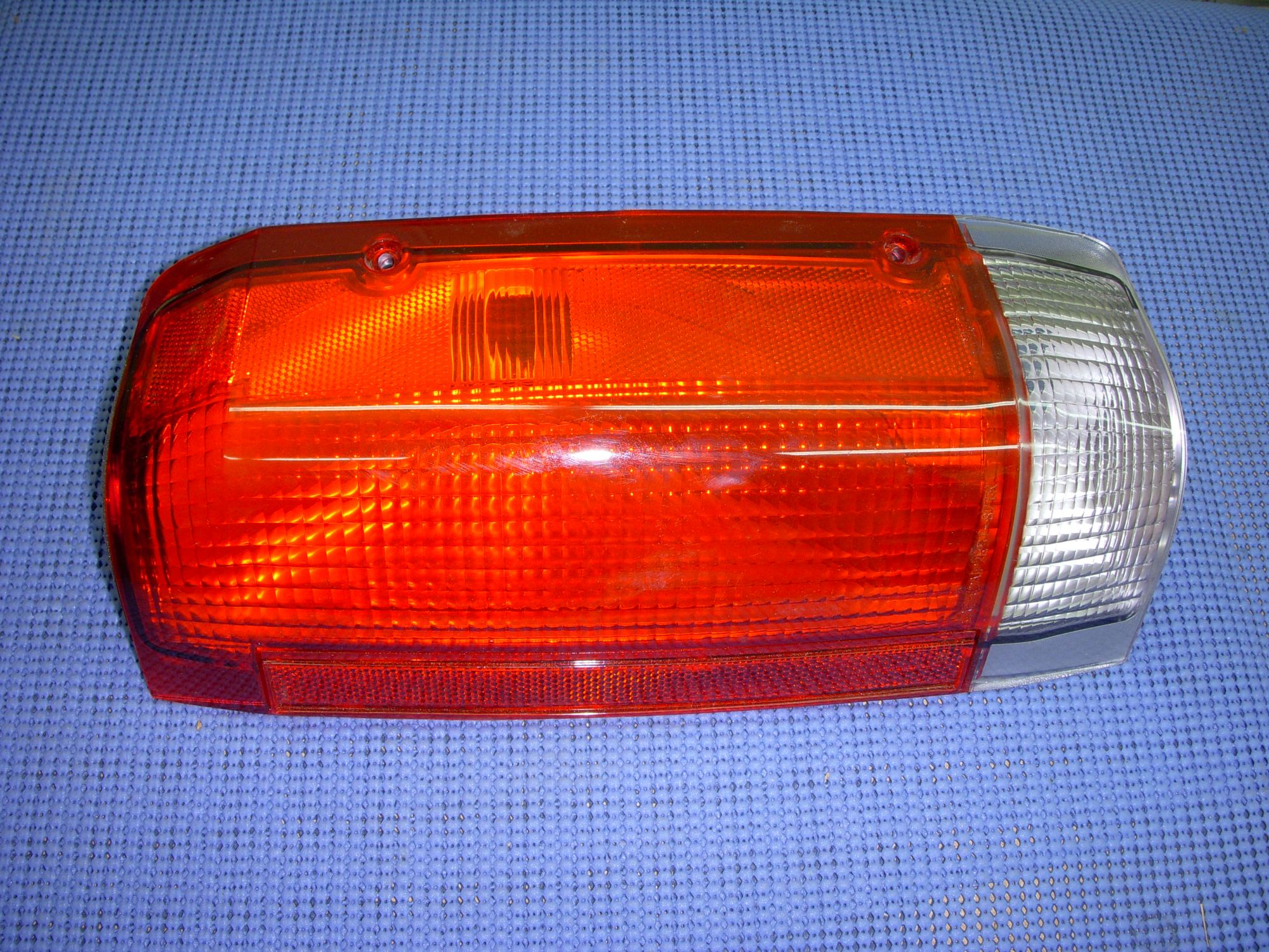 hight resolution of 1987 1989 ford truck tail lamp lens nos e7tz 13404 a