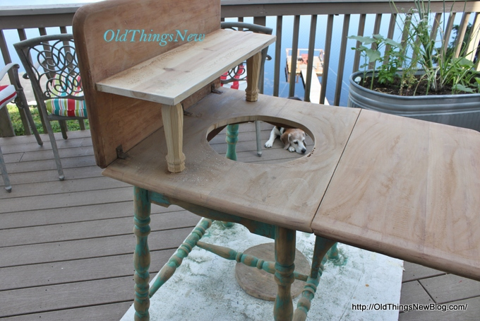 06-Drop Leaf Potting Bench 013