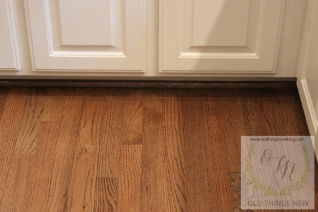 Cleaning Dirty Hardwood Floors 011